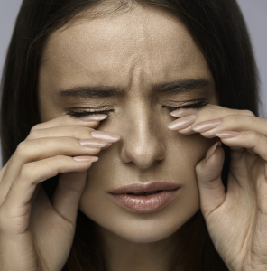dry eye syndrome symptoms